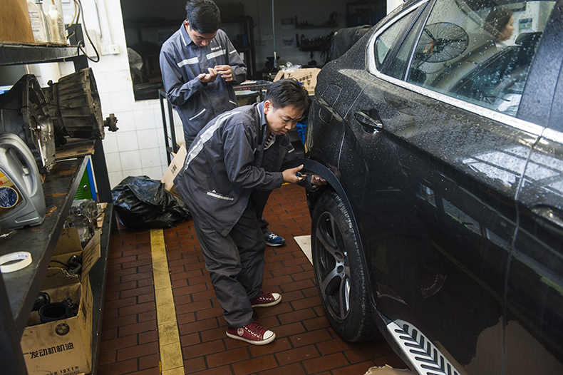 宝马X6包围改装,深圳宝马X6改装X6M包围与四出排气
