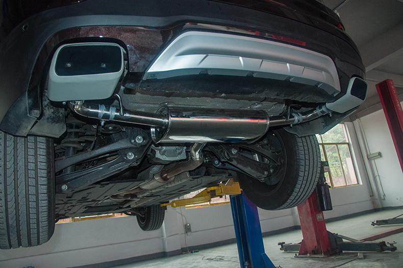 宝马X3改装方口排气管